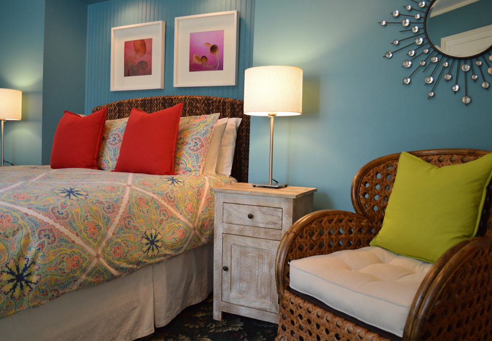 Twin Oaks Inn - Chicks Beach Room